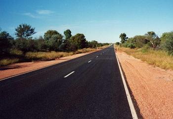 Большинство дорог в Австралии находятся в отличном состоянии