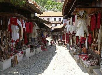 Албанцы любят и умеют торговаться