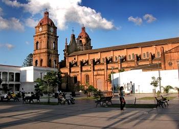 боливийский город Санта-Круз-де-ла-Сьерра
