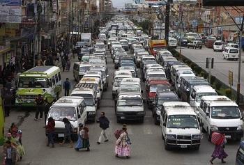 Правила дорожного движения тут почти не соблюдаются