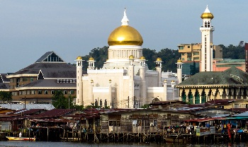 Большинство жителей Брунея исповедует ислам