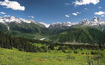 Горы предохраняют территорию Грузии от холодных ветров
