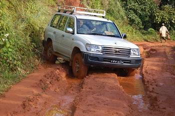 Состояние дорог на Мадагаскаре абсолютно разное