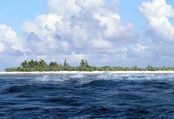Самое восточное владение Американского Самоа – небольшой коралловый островок Розе