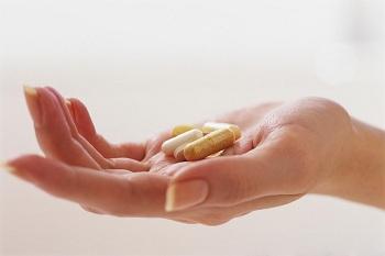 медицина, поддерживаемая американскими специалистами, здесь недорогая, медикаменты имеются в наличии