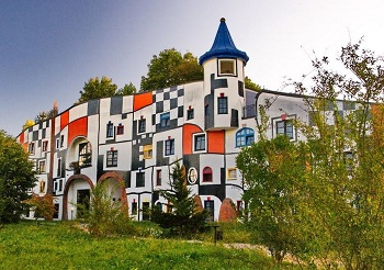 Один из самых знаменитых курортов Австрии Бад Блюмау