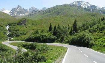 Чтобы путешествовать по дорогам Австрии, нужно заплатить пошлину