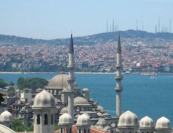 Азербайджан расположен в Азии в Закавказском регионе