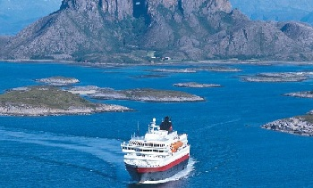 Восхищают путешественников и водные пути