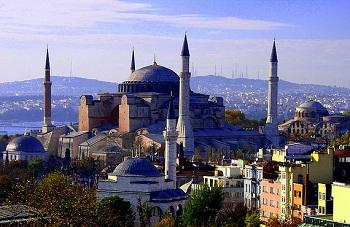 Турецкая Республика расположена в двух частях света