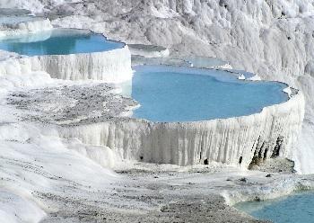 необычное чудо природы – Памуккале - «Хлопковая крепость»