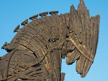 Знаменитейший город Троя, воспетый в «Илиаде» Гомером