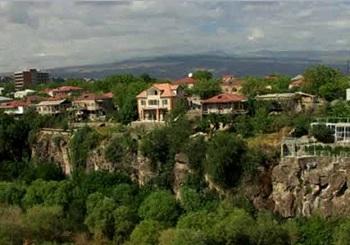В переводе с армянского Аштарак обозначает башню