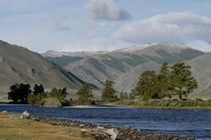 Долина реки Ховд в Монголии