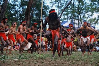 Танец племени аборигенов в Австралии