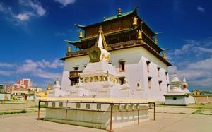 Монастырь Гандантэгчинлэн в Улан-Баторе
