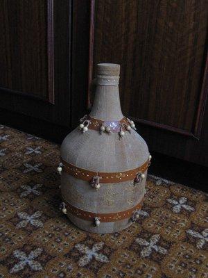 Бутылка рома - хороший подарок для малагасийца
