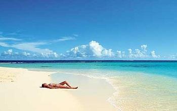аквамариновые воды и чистейшие золотые пляжи