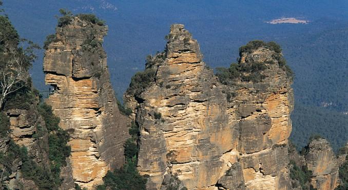 Скала Три Сестры комплекса Голубых Гор Австралии