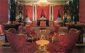 Большой Кремлевский дворец, парадные апартаменты, Красная гостиная.