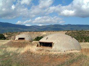 Бункеры в Албании