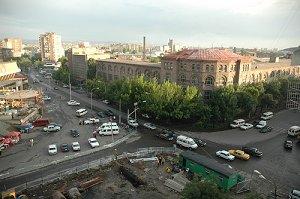 площадь Революции в Ереване
