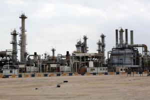 Нефтеперерабатывающий завод в Бахрейне