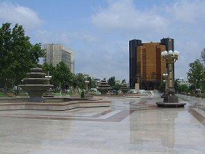 Площадь имени Гейдара Алиева