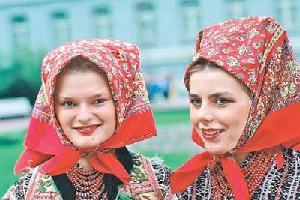 Официальный язык – македонский, относящийся к группе южнославянских языков