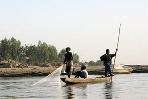 Рыболовство играет второстепенную роль в экономике страны