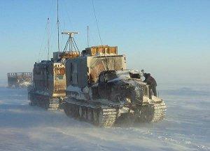 Тягачи в Антарктиде