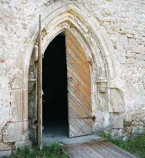 Церковь-замок Пёйде