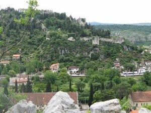 Боснийская столица по-прежнему представляет собой гремучую смесь католицизма