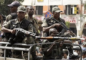 Во время правительственного переворота армия была с оппозицией