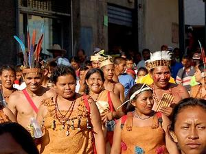 Часть индейцев считают себя прямыми потомками майя и откровенно кичатся этим