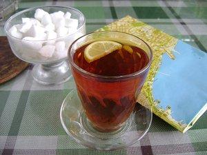 Чай в Азербайджане пьют вприкуску