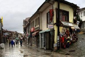 Именно город Охрид является родиной знаменитых братьев Кирилла и Мефодия, создателей славянской письменности