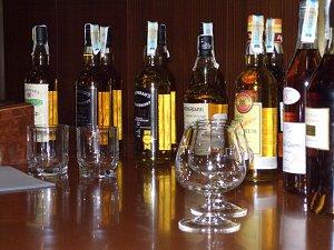 алкогольные напитки в Албании