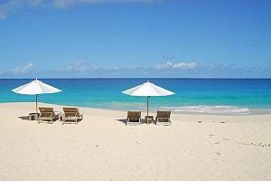 Остров считается элитным курортом и по уровню приравнивается к курортам Лазурного берега Франции