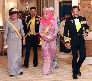 В июле 2006 года султан Брунея отпраздновал своё шестидесятилетие