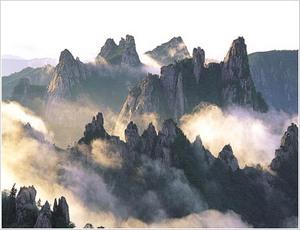 Сораксан - так горы были названы, потому что снег здесь не таял в течение долгого времени, и вершины оставались белыми