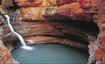 один из самых колоссальных австралийских каньонов в мире
