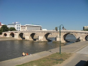 Каменный мост в Скопье