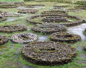 Каменные могильники
