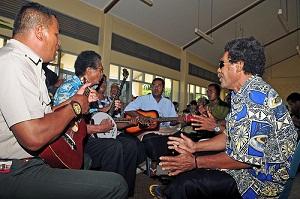 """Жители Тонга относятся к полинезийской этнической группе с некоторой """"примесью"""" микронезийской крови"""