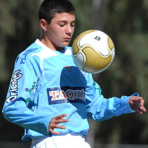 Маурисио Бальдивьесо стал самым молодым футболистом