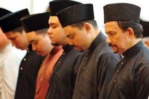 Религия Брунея имеет государственный статус
