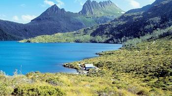 парк Крейдл Маунтин Лейк Сейнт Клейер, расположенный в центре нагорья Тасмании
