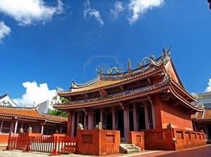 Архитектором храма являлся Ши фу-Лай