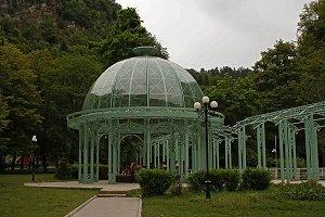 В 1850 году в Боржоми разбит Парк минеральных вод